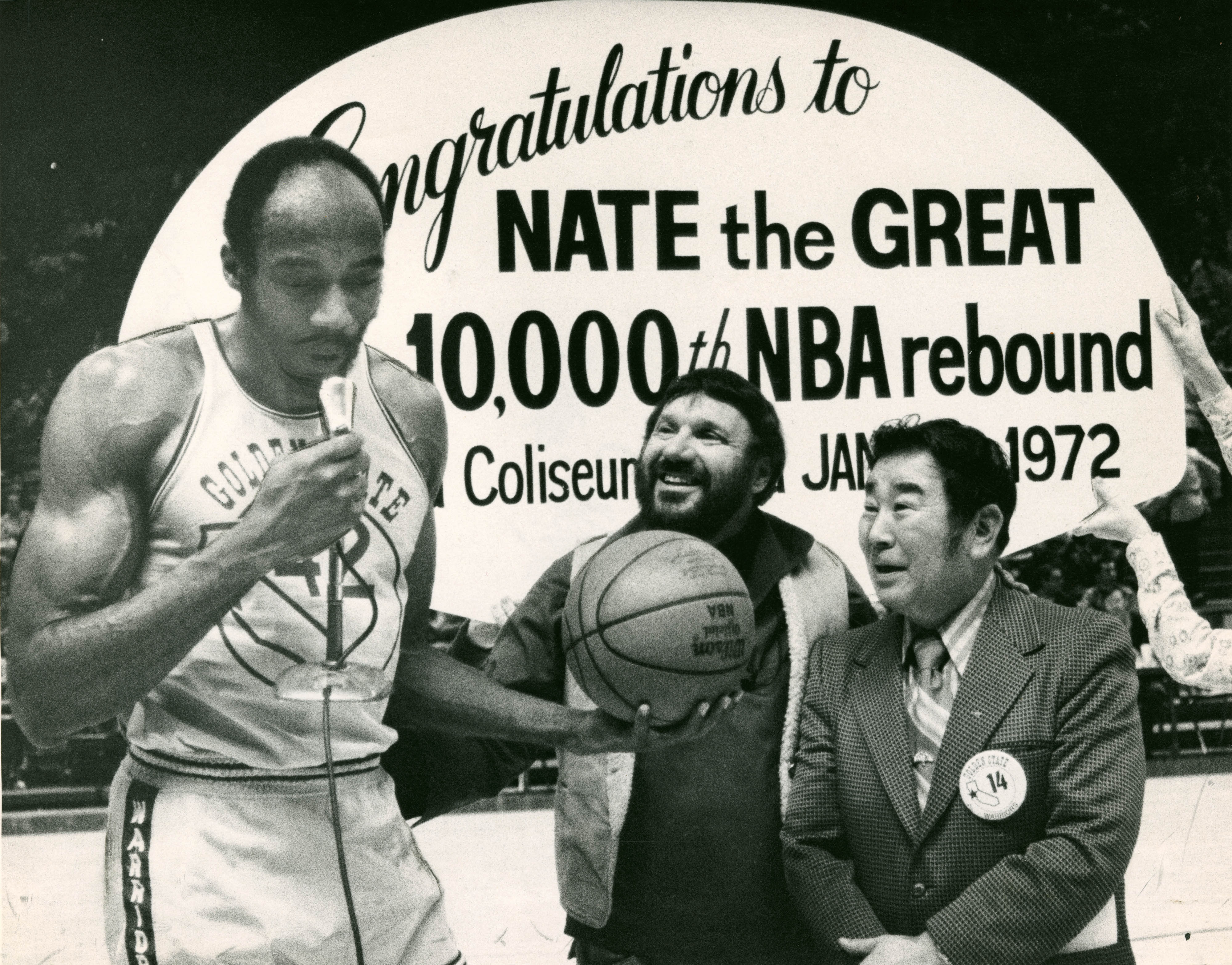 Warriors Nate Thurmond with Franklin Mieuli and Oakland City